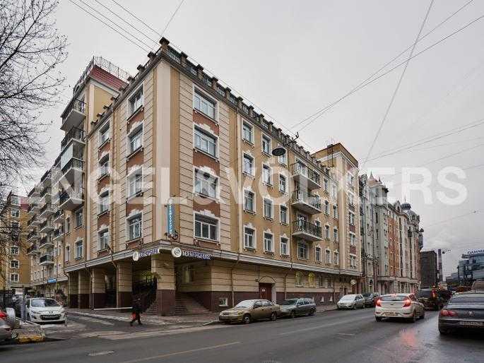 Элитные квартиры в Центральном районе. Санкт-Петербург, Исполкомская, 4-6. Фасад дома с улицы Исполкомская