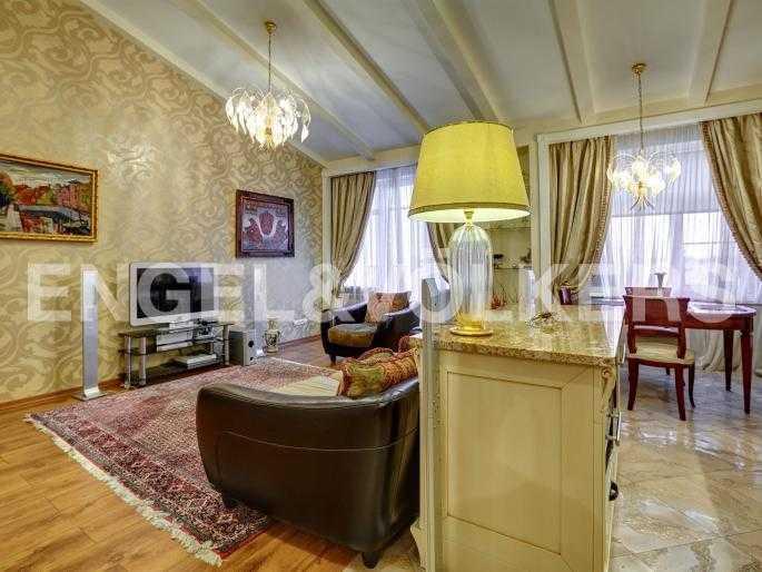 Элитные квартиры в Центральном районе. Санкт-Петербург, Исполкомская, 4-6. Гостиная
