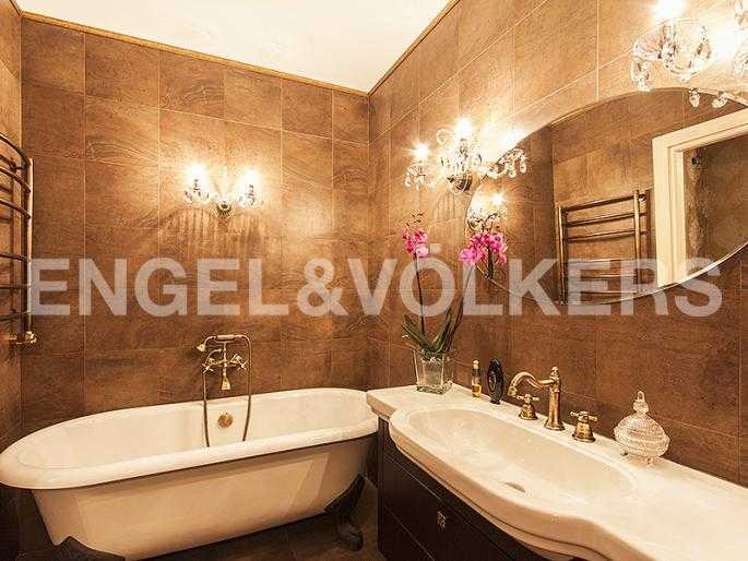 Ванная комната, итальянский керамогранит Fioranese