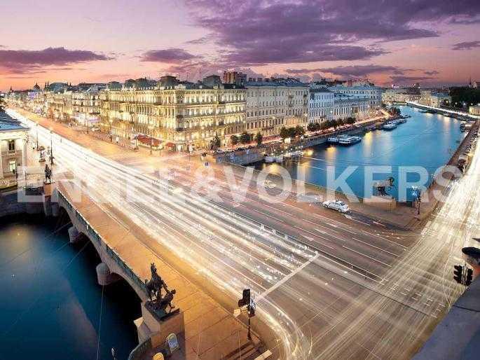 Элитные квартиры в Центральном районе. Санкт-Петербург, Невский, 64.