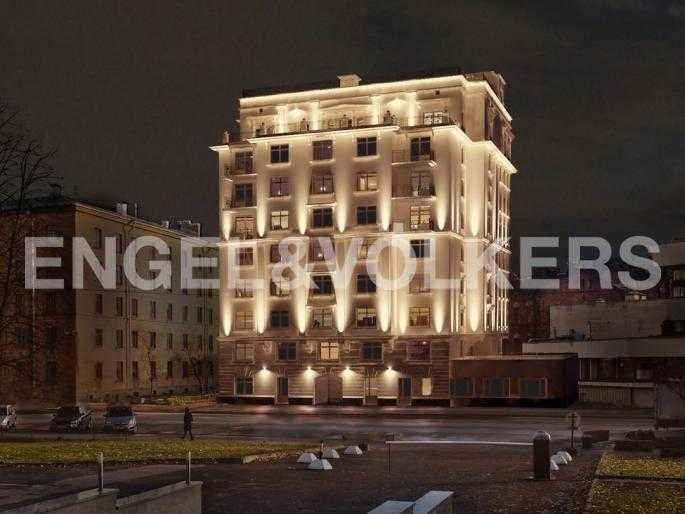 Элитные квартиры в Петроградский р-н. Санкт-Петербург, Льва Толстого, 8А. Вечерняя подсветка