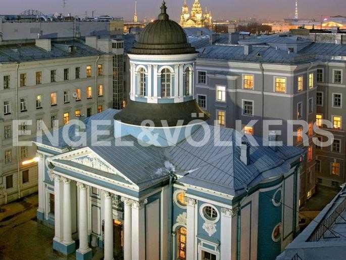 Элитные квартиры в Центральном районе. Санкт-Петербург, Невский пр., 40-42.