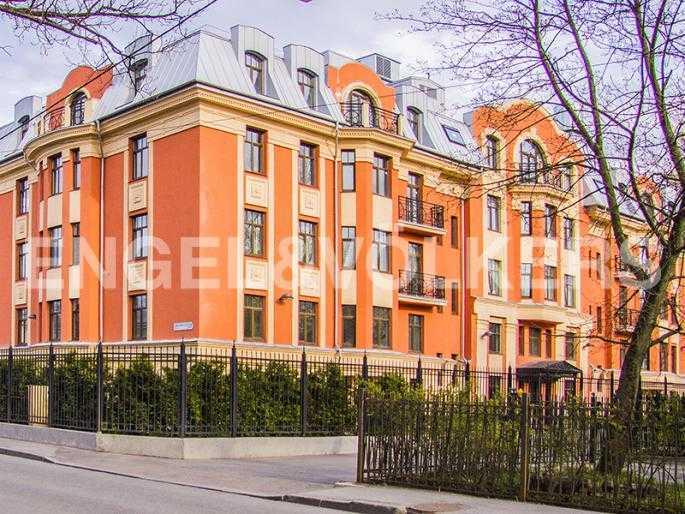Элитные квартиры в Других районах области. Санкт-Петербург, Дибуновская, 22.