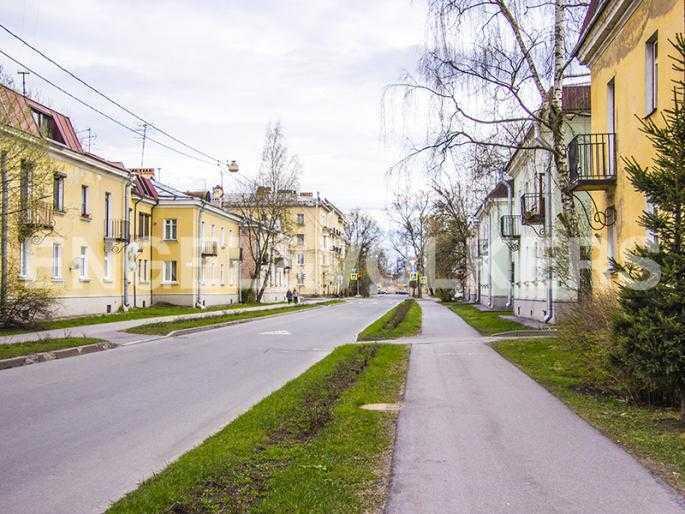 Элитные квартиры в Других районах области. Санкт-Петербург, Дибуновская, 22. Окружение. Микрорайон с малоэтажной застройкой