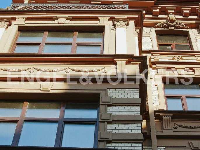 Элитные квартиры в Центральном районе. Санкт-Петербург, Стремянная, 15. Элементы фасада