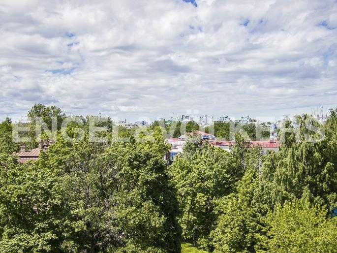 Элитные квартиры на . Санкт-Петербург, Динамо, 6. Панорамный вид на зелень Крестовского острова