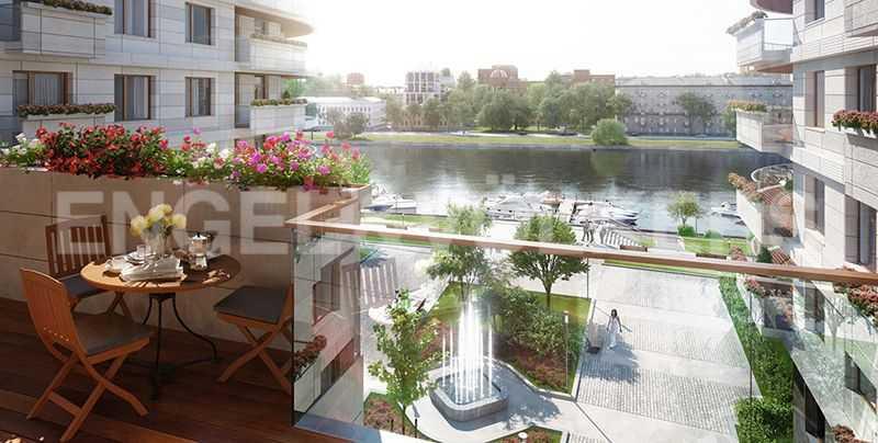 Элитные квартиры на . Санкт-Петербург, Вязовая, 8. Уютный балкон