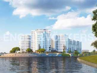 «Леонтьевский мыс» — квартира с видом на Малую Невку и зелень Крестовского острова