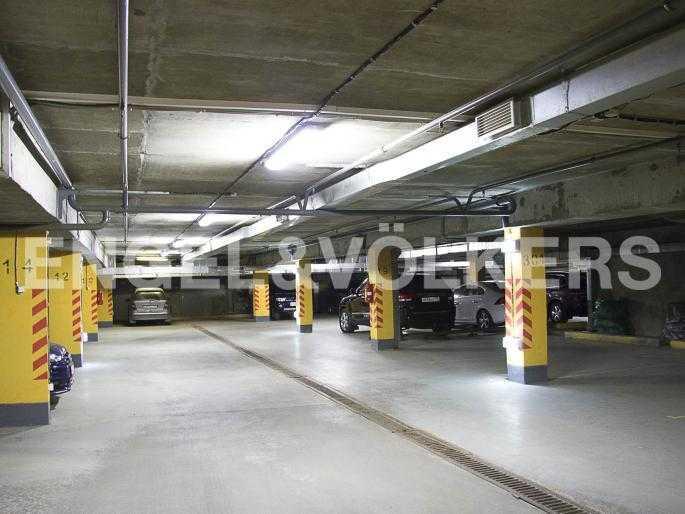 Подземный отапливаемый паркинг