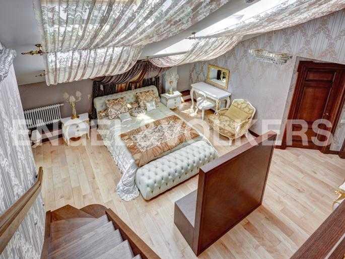 Элитные квартиры в Центральном районе. Санкт-Петербург, Миллионная, 12. Спальня