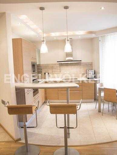 Элитные квартиры в Других районах области. Санкт-Петербург, Ланское шоссе, 14. Зона кухни