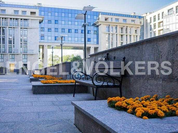 Элитные квартиры в Центральном районе. Санкт-Петербург, Орловская ул., 1. Благоустроенная территория комплекса
