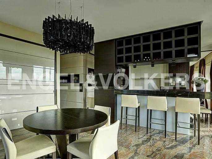 Элитные квартиры на . Санкт-Петербург, наб. Мартынова, 74Д. Зона столовой