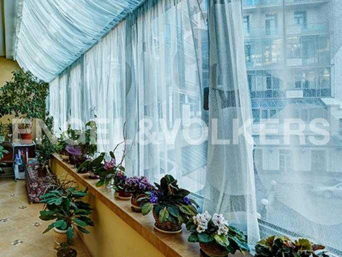 Элитные квартиры на . Санкт-Петербург, Динамовская, 2. Лоджия