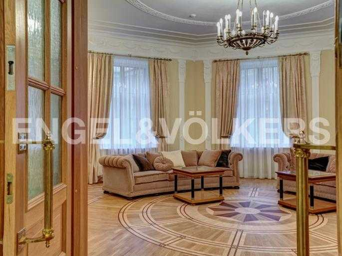 Элитные квартиры в Центральном районе. Санкт-Петербург, наб. реки Фонтанки, 54. Гостиный зал