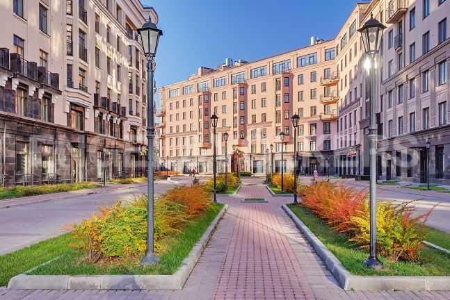 Элитные квартиры в Центральном районе. Санкт-Петербург, Парадная ул., 3. Главная