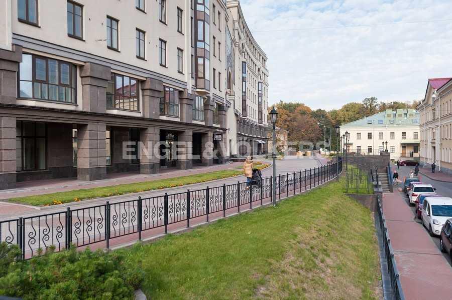 Элитные квартиры в Центральном районе. Санкт-Петербург, Парадная ул., 3. Территория комплекса