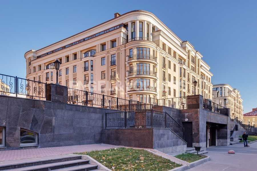 Элитные квартиры в Центральном районе. Санкт-Петербург, Парадная ул., 3. Фасад дома