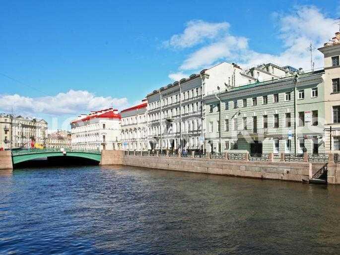 Элитные квартиры в Центральном районе. Санкт-Петербург, Наб. реки Мойки, 24. Фасад дома