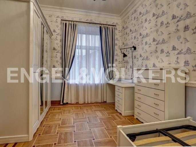 Элитные квартиры в Центральном районе. Санкт-Петербург, наб. реки Фонтанки, 54. Детская спальня