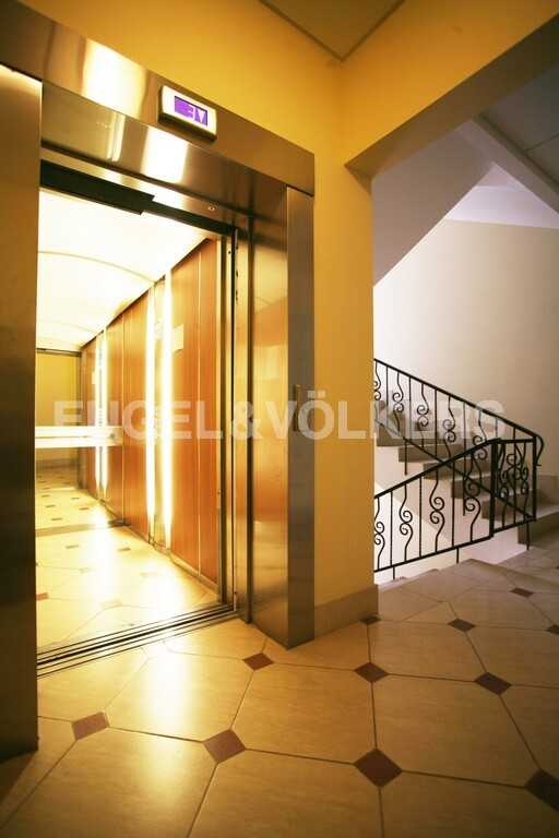 Лифт в парадной