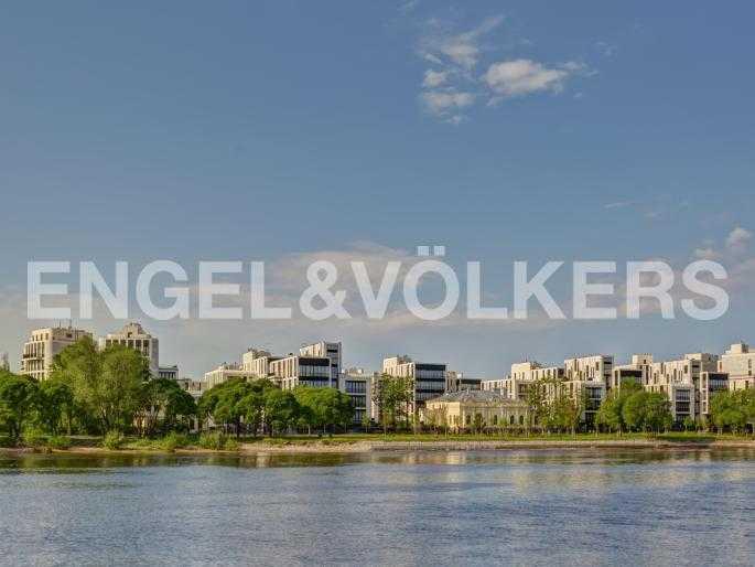 Элитные квартиры на . Санкт-Петербург, наб. Мартынова, 74Д. Вид с воды