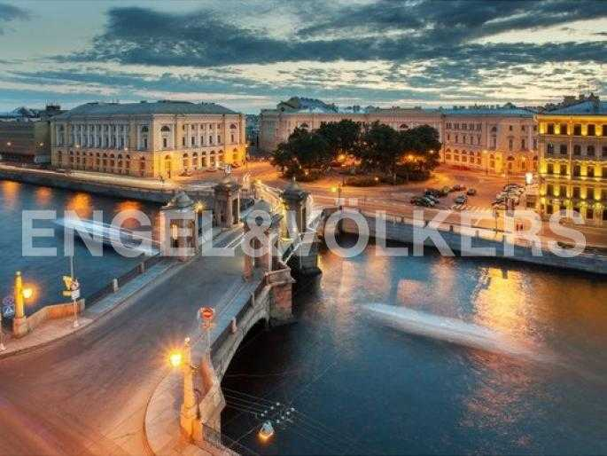 Ансамбль площади Ломоносова