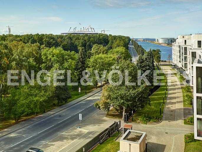 Элитные квартиры на . Санкт-Петербург, наб. Мартынова, 74Д. Вид с балкона