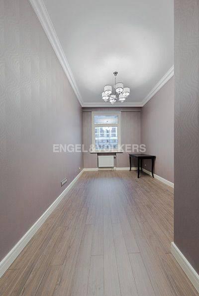 Элитные квартиры в Центральном районе. Санкт-Петербург, Радищева, 39. Гостевая спальня (либо кабинет, либо детская)