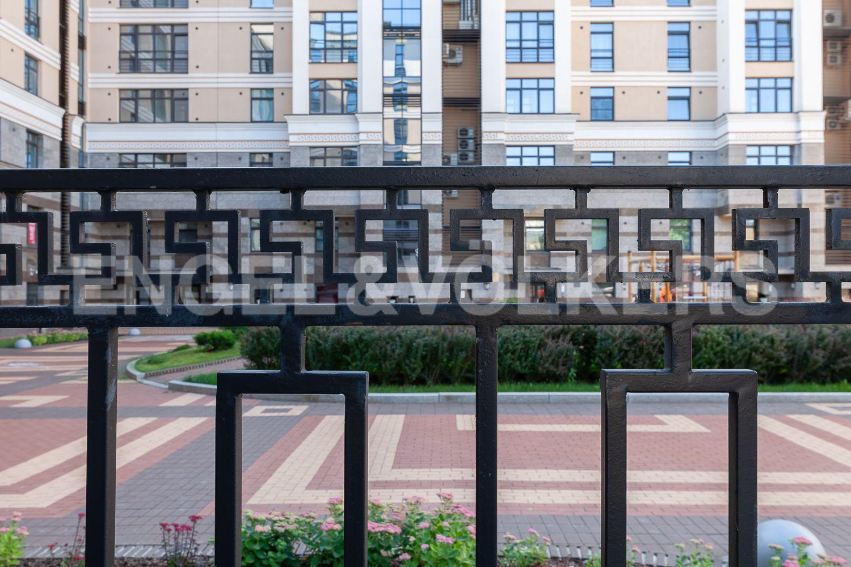 Элитные квартиры в Центральном районе. Санкт-Петербург, Кирочная, 31 к.2. Закрытая территория дома