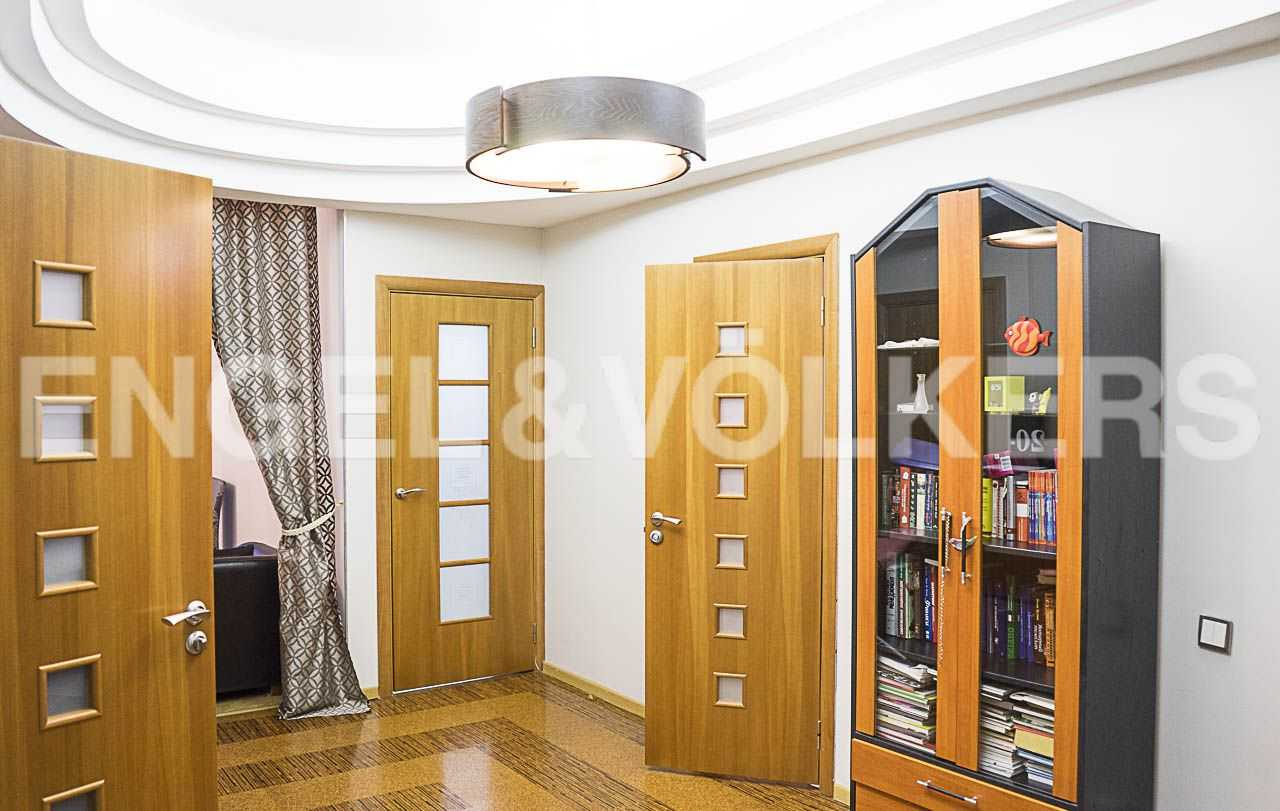 Элитные квартиры на . Санкт-Петербург, Морской пр., 11. Предусмотрены две ванные комнаты и кладовая