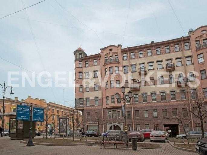 Элитные квартиры в Центральном районе. Санкт-Петербург, Захарьевская ул., 16. Фасад дома