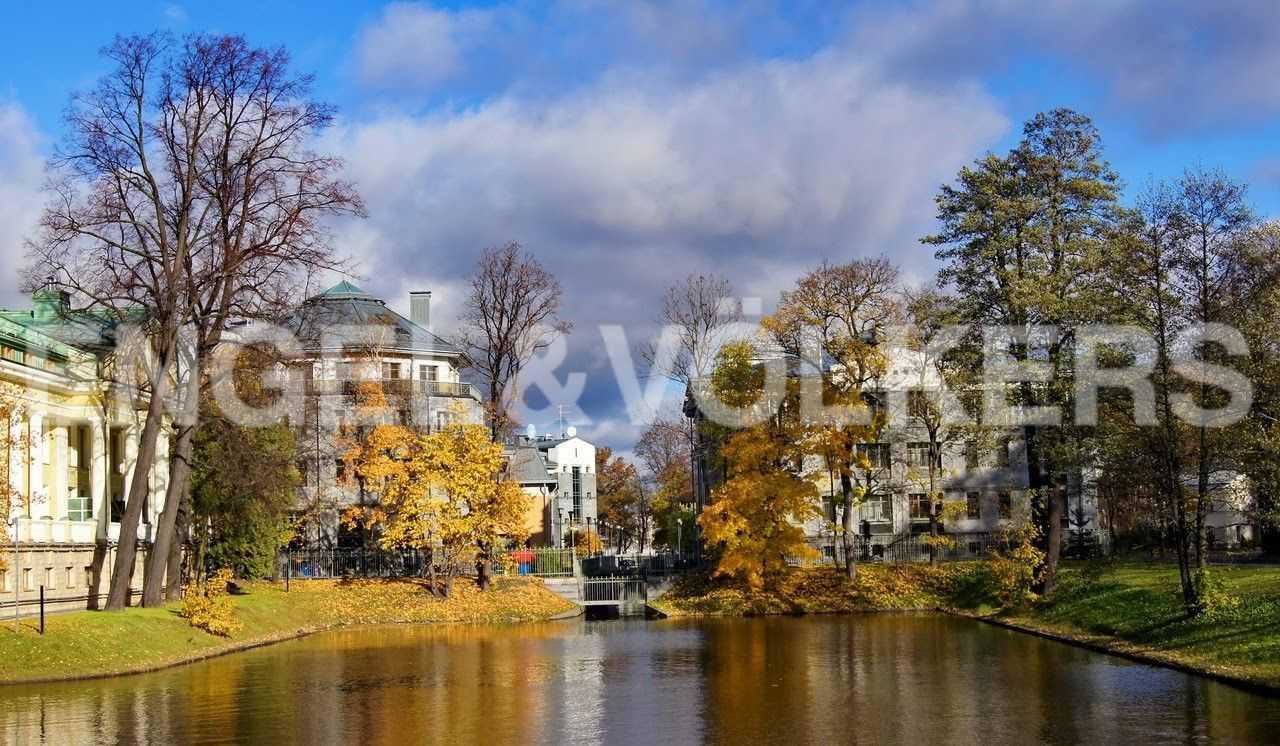 Элитные квартиры на . Санкт-Петербург, 2-ая Березовая аллея, 13-15. Большой канал в зелени Каменного острова