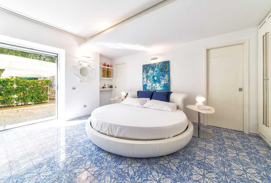 Пять завораживающих спален в квартирах с элитным ремонтом