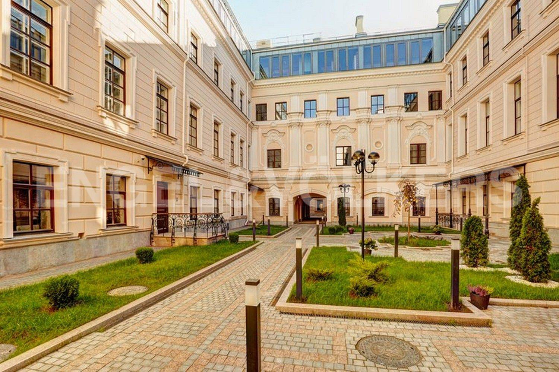 Элитные квартиры в Центральном районе. Санкт-Петербург, наб. Кутузова, 24. Главная
