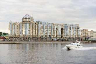 Воскресенская наб., 4 - Видовая квартира в элитном комплексе на берегу реки Невы