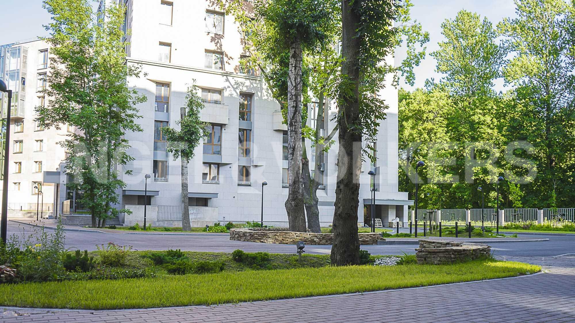 Элитные квартиры в Центральном районе. Санкт-Петербург, Смольная наб.,8. Внутренняя территория комплекса
