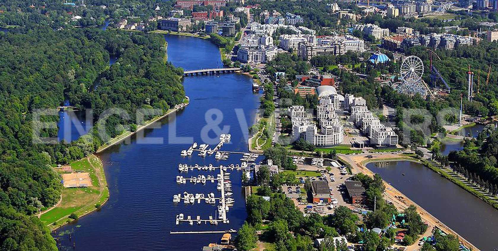 Элитные квартиры на . Санкт-Петербург, наб. Мартынова, 74. Местоположение