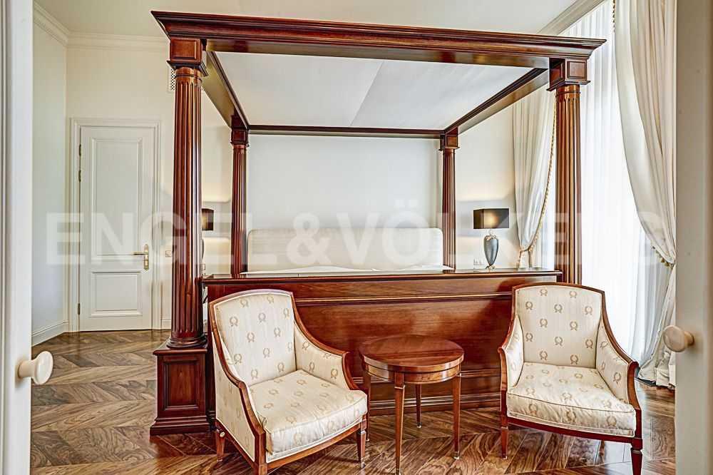 Хозяйская спальня. Мебель из коллекций Annibale Colombo и Arte Brotto