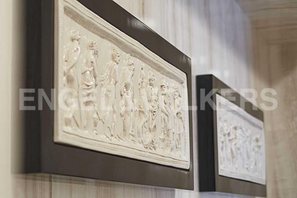Элитные квартиры на . Санкт-Петербург, Крестовский пр., 12. Элементы декора в ванной комнате