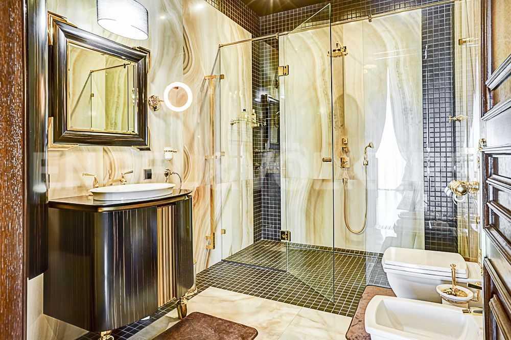 Элитные квартиры на . Санкт-Петербург, Крестовский пр., 12. Индивидуальная ванная комната кабинета