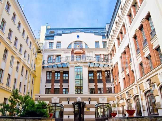 Элитные квартиры в Центральном районе. Санкт-Петербург, Итальянская ул, 4. Внутренняя территория дома