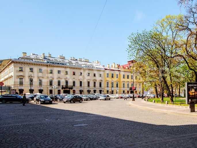 Элитные квартиры в Центральном районе. Санкт-Петербург, Итальянская ул, 4. Расположение дома непосредственно рядом с Михайловским театром