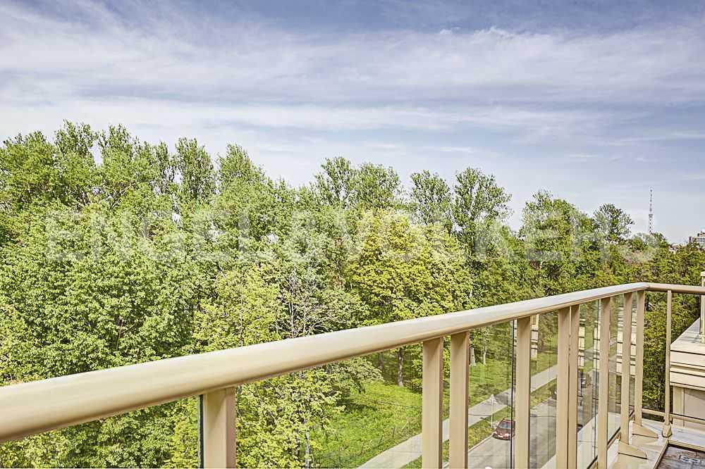 Терраса пл. 15 кв.м. над кронами деревьев