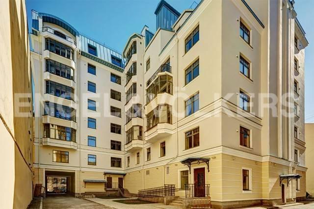 «4 Советская, 9» - Дом бизнес-класса у площади Восстания