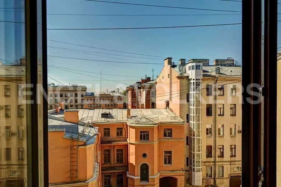 Элитные квартиры в Центральный р-н. Санкт-Петербург, 4-я Советская ул, 9. Виды из окон
