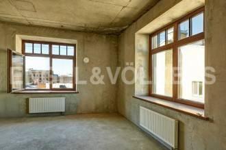 «4 Советская, 9» — Квартира с одной спальней и панорамными окнами