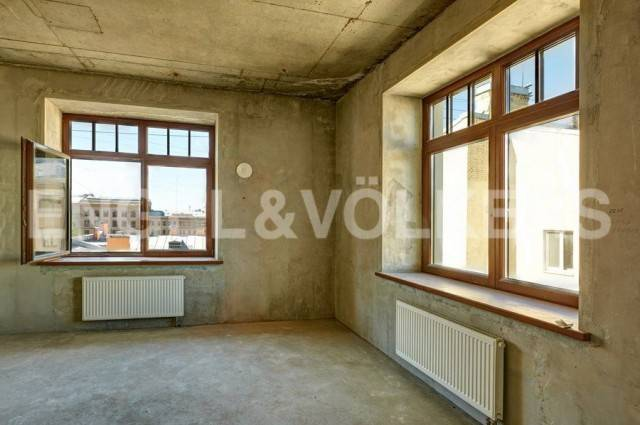«4 Советская, 9» - Квартира с одной спальней и панорамными окнами