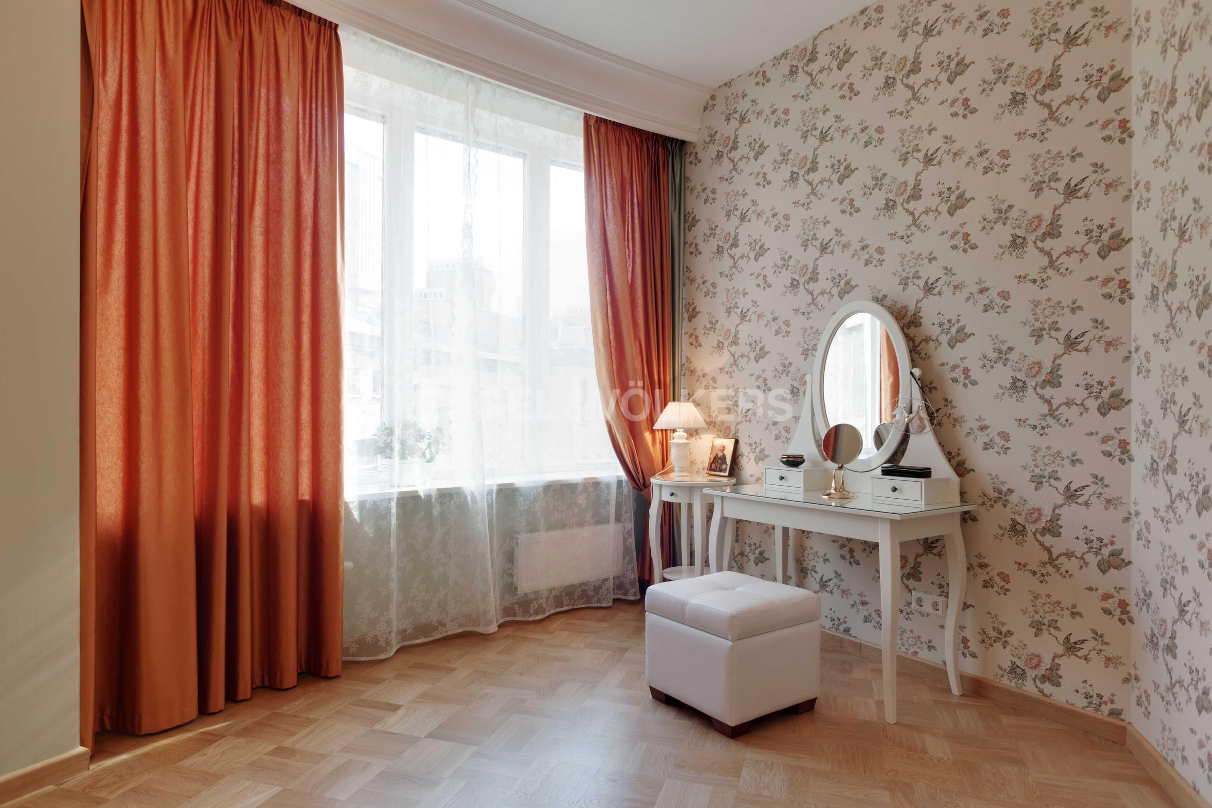 Элитные квартиры в Центральный р-н. Санкт-Петербург, Тверская ул., 1A . Спальня