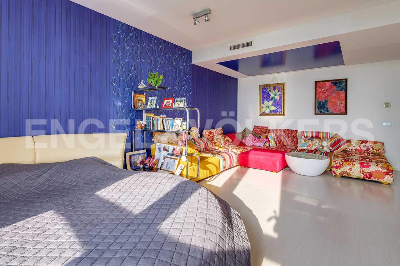 Интерьер детской комнаты (либо второй спальни)